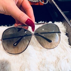 AUTHENTIC/ SUNGLASSES / TOM FORD